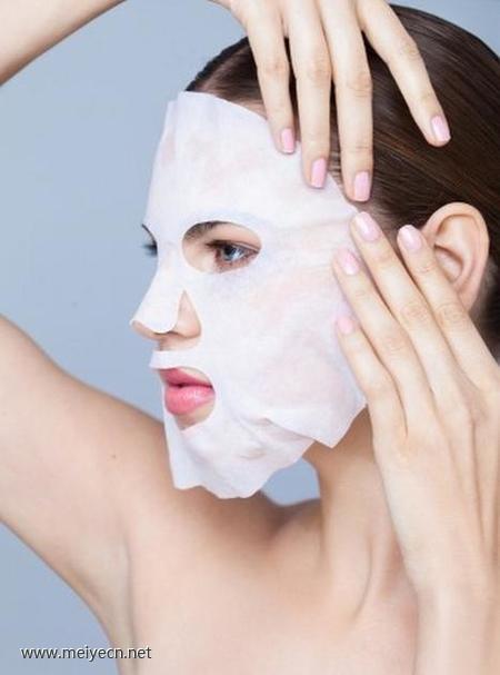 老牌化妆师的秘密 底妆怎么用才不伤肌肤?