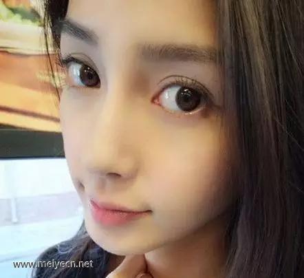 化妆如何把眼睛化大
