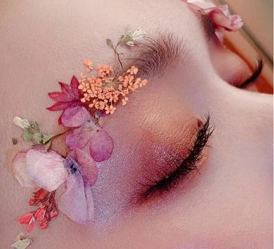化妆纹绣美甲美容